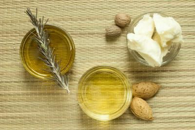 Almond Oil Benefits for Skin: