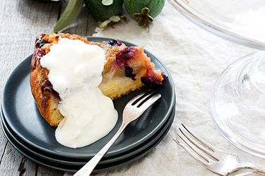 Feijoa and blueberry buttermilk cake
