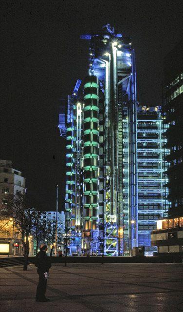 Lloyds Building, London, by Richard Rogers