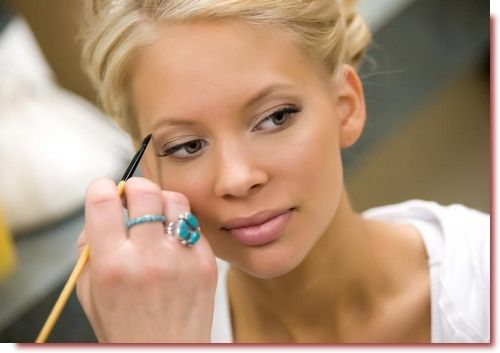 Do Your Own Makeup for Wedding and Still Look Stunning