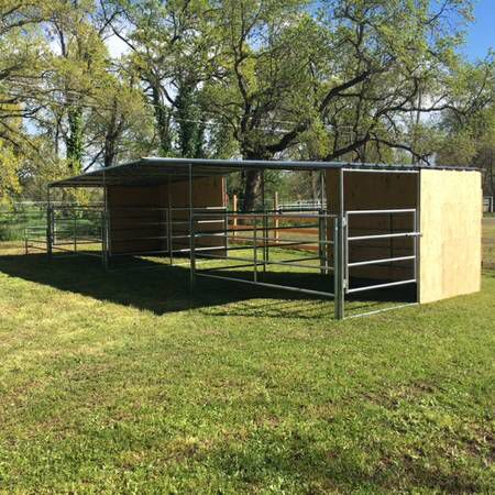 Nice Little Horse Pens With Shelters Horse Dream Barn