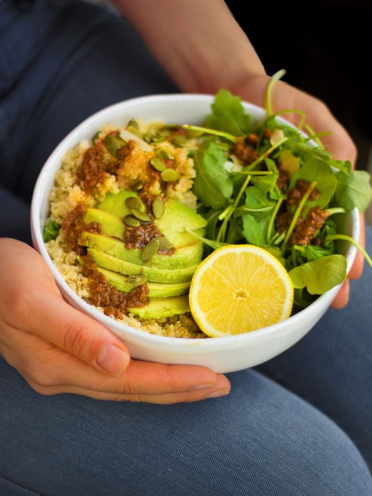 Quinoa, Avocado, Rocket and Miso Bowl #madeleineshaw #gettheglow