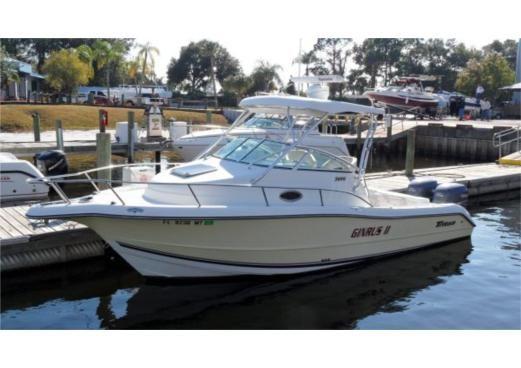 Aquasport boat 26 foot walk around 2005 26 ft triton for Best small cabin boats