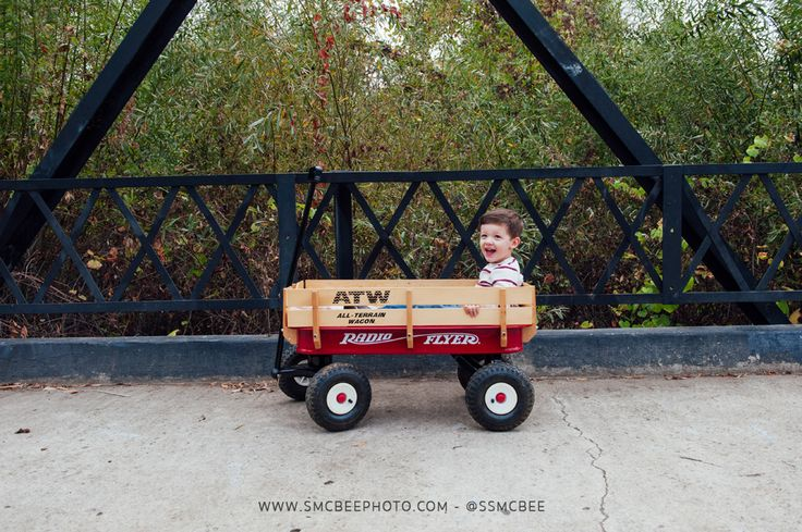 Fall family photos ideas with a wagon. - Steele Canyon Bridge, Rancho San Diego Fall Family Portrait Session