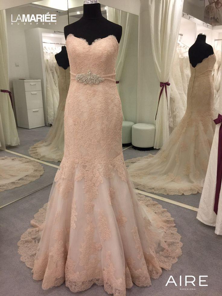 Színes esküvői ruha Amelie http://lamariee.hu/eskuvoi-ruha/aire-2015/amelie
