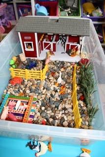 Farm theme: Sensory Table, Green Mama, Farm Sensory, Farms, Sensory Bins, Sensory Boxes, Farm Theme, Kid