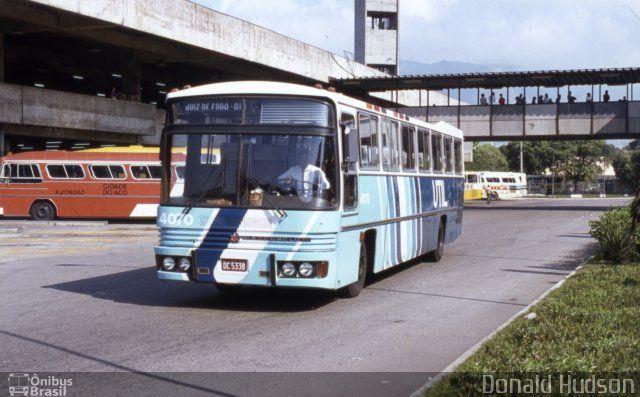 UTIL - União Transporte Interestadual de Luxo 4070 por Donald Hudson