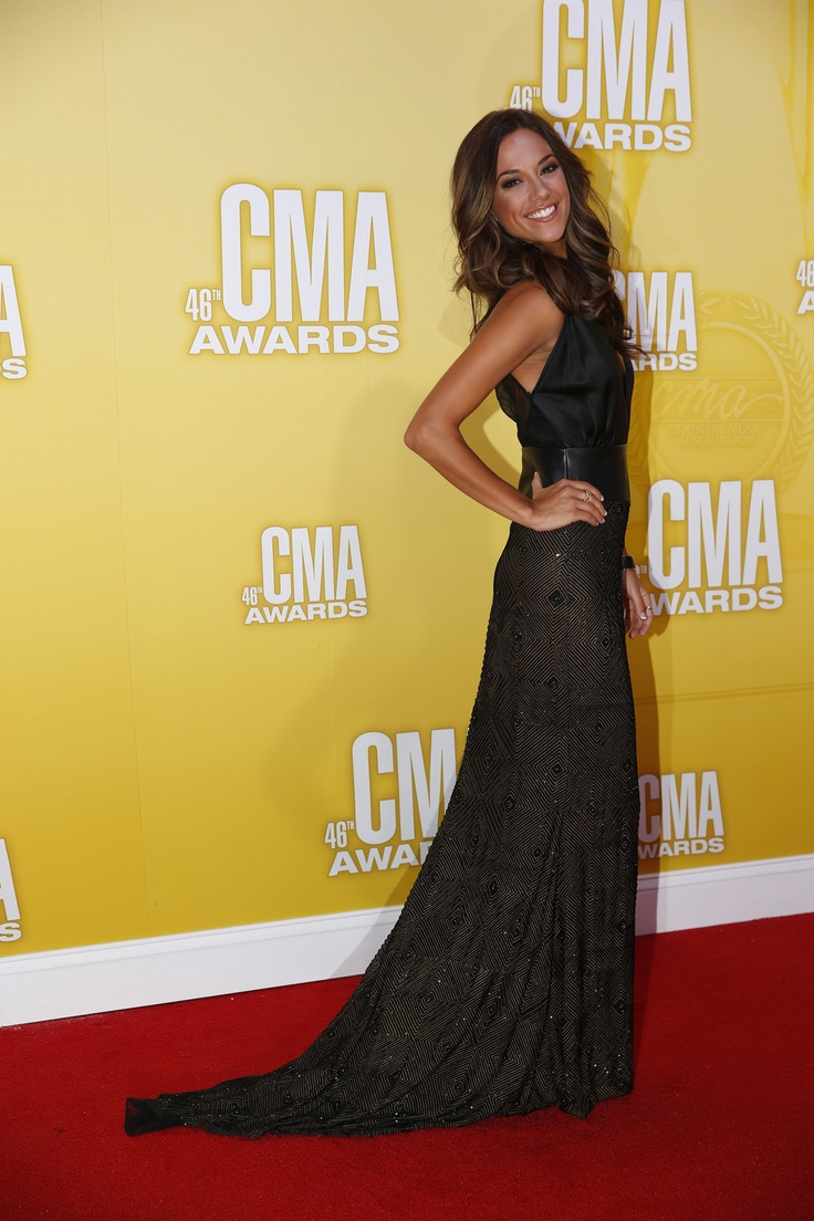 Jana kramer dress question Today