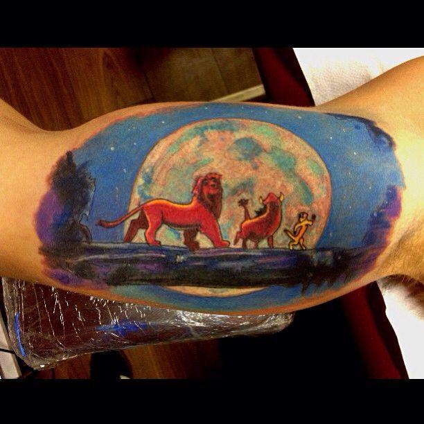 roi lion tattoo ink lion tattoo tattoos et ink. Black Bedroom Furniture Sets. Home Design Ideas