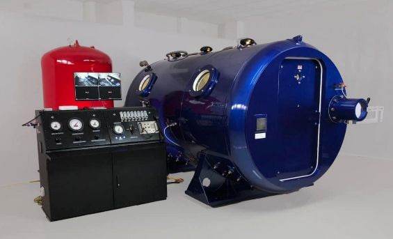 Multiplace Hyperbaric Chamber Systems for Hyperbaric Oxygen Therapy