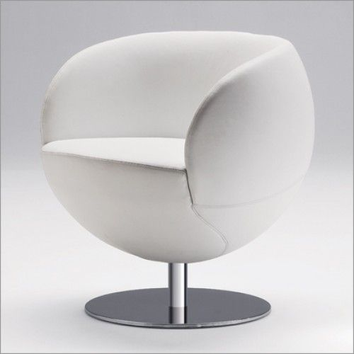 Tonon Matchball Swivel Chair - Price: £1,326.00  The #Tonon range (synonymic as it is with stylish modern Italian design) provides you a chic synthesis of artistry, technology, creativity and good taste. A piece of #furniture from Tonon is sure to instantly become a talking point in your home. Buy now or call our sales team on 01223 327463