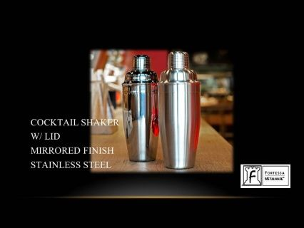 "Cocktail Shaker with lid Brushed finish stainless steel 9.25"" 20(oz) Product code DV.5.003.BR.003 SHIPPING IN CANADA ONLY!"