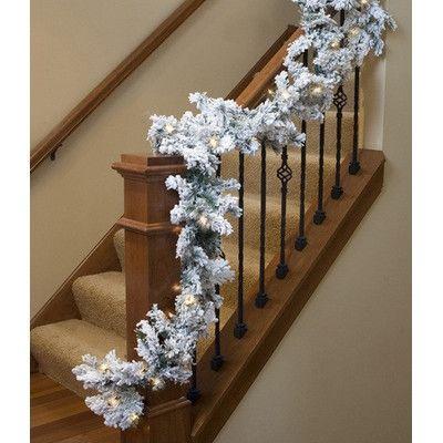 Christmas Wreaths Land -