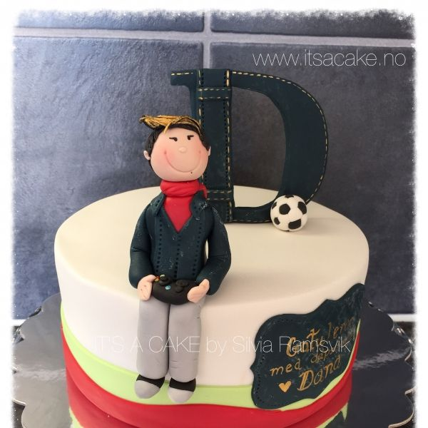 Theygive life to your cake. They can carry the features of its owner, maybe to express the profession, passion for sports, animals, brands… the possibilities are many :-) I have my own style…