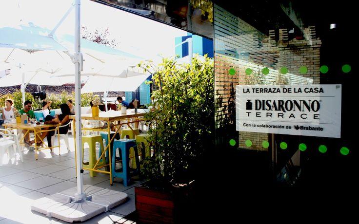 Disaronno Terrace es la oferta gastronómica de la terraza de la Casa Encendida. Un espacio fresco con combinados, cócteles y picoteo para las tardes de verano