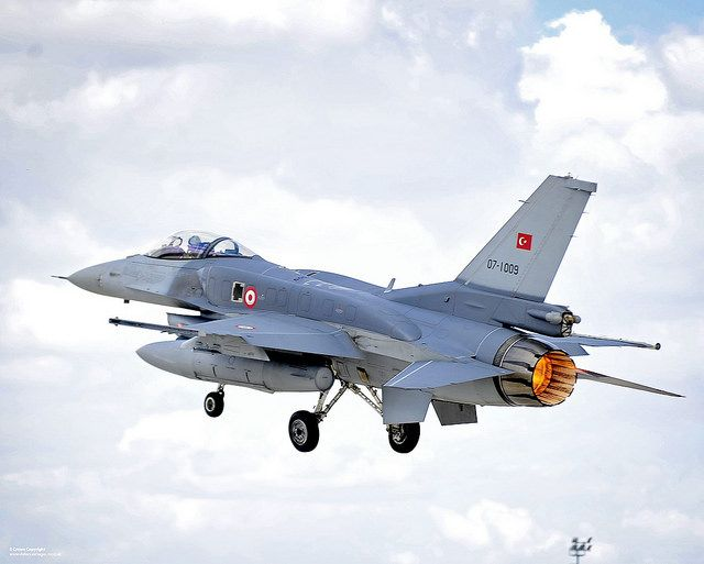 An F-16 Fighting Falcon of the Turkish Air Force (Türk Hava Kuvvetleri) takes off on a sortie from Third Air Force Base Konya, Turkey during Exercise Anatolian Eagle.
