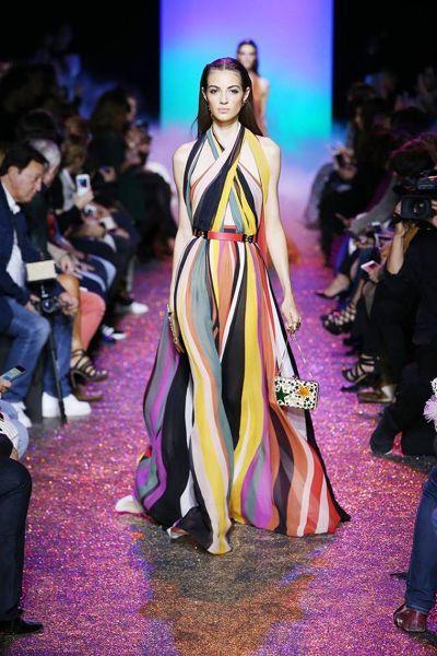 90 looks repérés à la Fashion Week de Paris pour la saison Printemps-été 2017 Image: 26