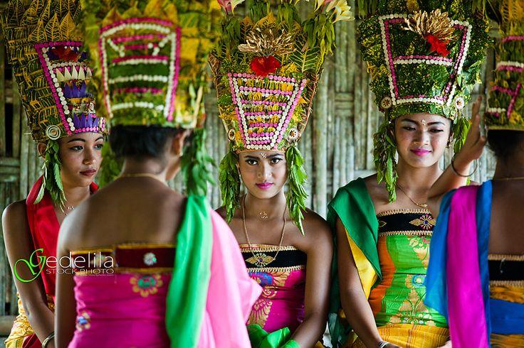IMG_3463_Rejang (gedelila) Tags: bali indonesia culture tari budaya balinese tarian rejang taribali baliphotographer balinisepeople balibudaya
