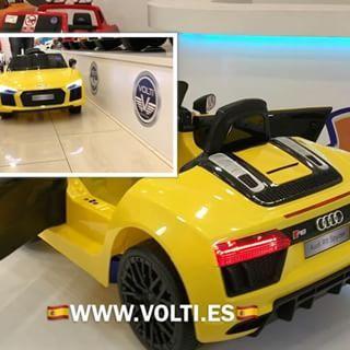 Audi R8 Spyder de venta en España en 🇪🇸www.volti.es🇪🇸 #audir8 #audi #audiespaña #audimadrid #coches #volti #niños #audispyder #luxurycar #luxurytoys #luxurycars #cars