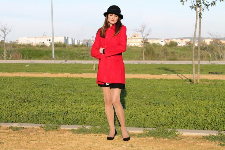 #elrinconderachel #fetishpantyhose #pantyhosefetish #legs #heels #blogger #stiletto #pantyhose #tan