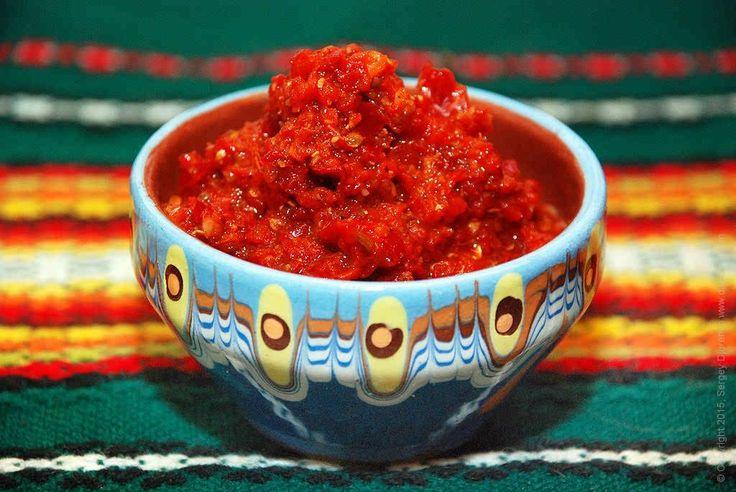 Аджика это не кетчуп и не соус. Аджика это паста, достаточно густая - острая, ароматная и вкусная, приправа и основной компонент соусов