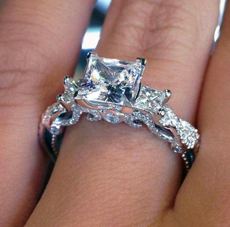 I wish to hv a ring of this kind...