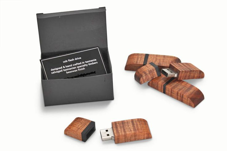 Timber USB Flash Drive 16gb | Australian Woodwork - FREE Gift Wrapping - FREE Handwritten Gift Card - Fast Same Day Shipping - FREE Shipping for orders over $100 - Our usual Money Back Quality Guarantee!