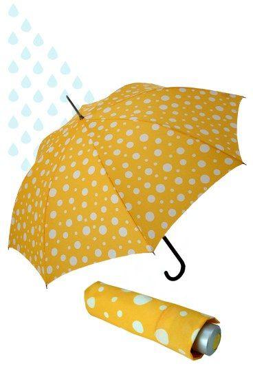 gelber Regenschirm mit Punkten - Must-have: Farbenfrohe Regenschirme - Gelb macht gute Laune! Und davon kann man gar nicht genug bekommen, wenn man bei Regenwetter vor die Tür muss. Mit dem Schirm von doppler ersetzt man die Sonne und bringt Farbe ins graue Nass...
