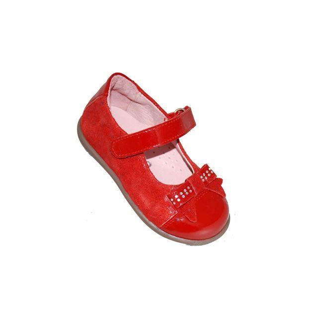 #babygirl #shoes Μπαρέτα Mούγερ από δέρμα λουστρίνι, κόκκινη με φιογκάκι και στρας, με αυτοκόλλητο κούμπωμα και ανατομικό πέλμα.