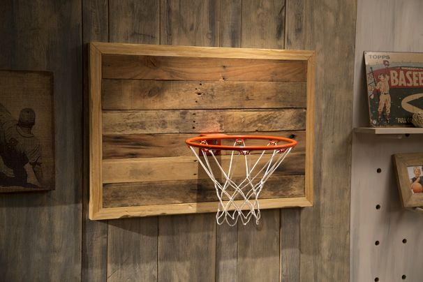 Reclaimed Pallet Wood Basketball Hoop