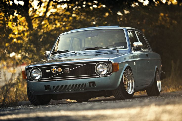 Volvo 142: very cool vintage look if done right, but lots of parts…