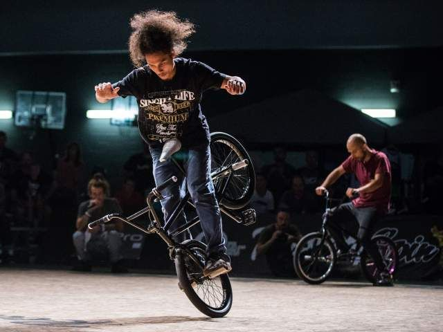 Highlights from RealCitySpin BMX Flatland competition