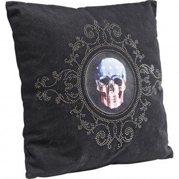 http://www.kare-click.fr/25823-thickbox/coussin-usa-skull-45x45cm-kare-design.jpg