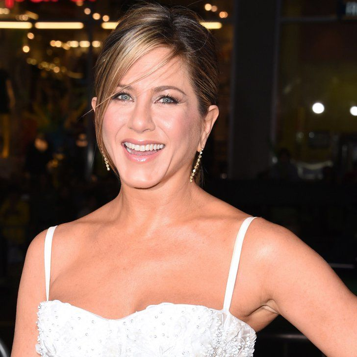 Pin for Later: Jennifer Aniston Is the Center of Attention at the Horrible Bosses 2 Premiere