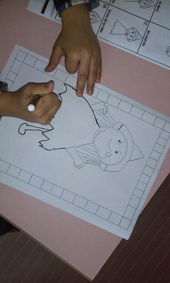 La maternelle de Laurène: le bonhomme du mois : dessiner une sorcière