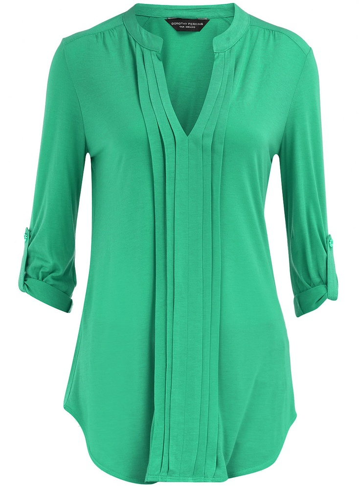 I want this blouse in every color. So cute!
