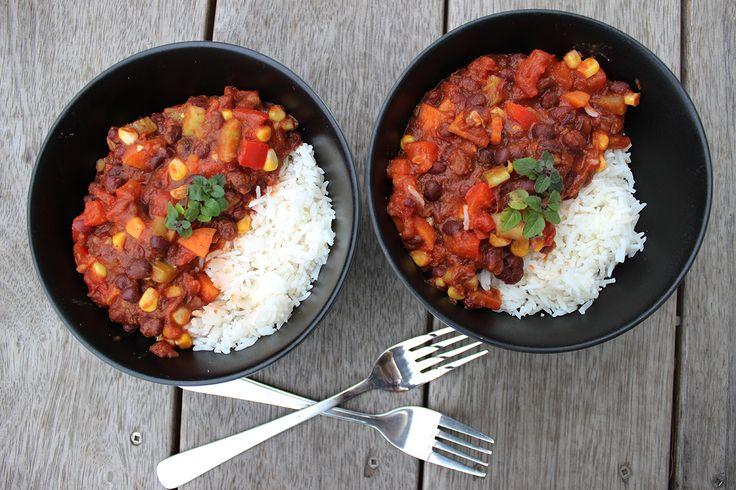 Easy low fat vegan chili recipe • Sprout Market