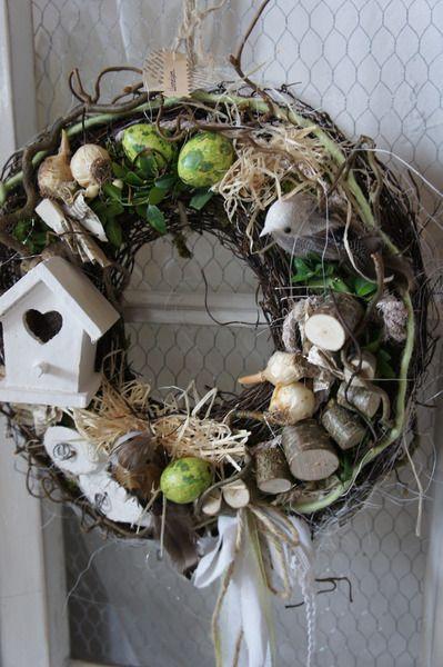"""Türkranz """" Beflügelt...."""" von Hoimeliges..... auf DaWanda.com  Wreath with birdhouse & eggs"""