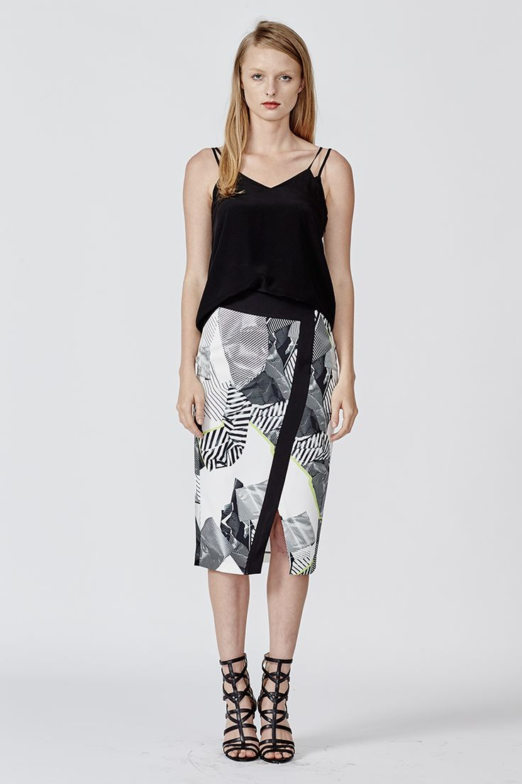 POP THAT TOP AND WALK THE EDGE SKIRT