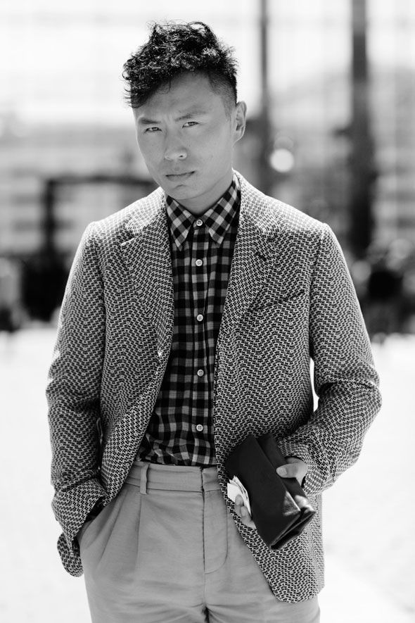 street style by the sartorialist.: Graphics Mixed, Mixed Patterns, Men Style, Street Style, Mixed Prints, The Sartorialist, About Men SのFashion, Patterns Mixed, Graphics Patterns