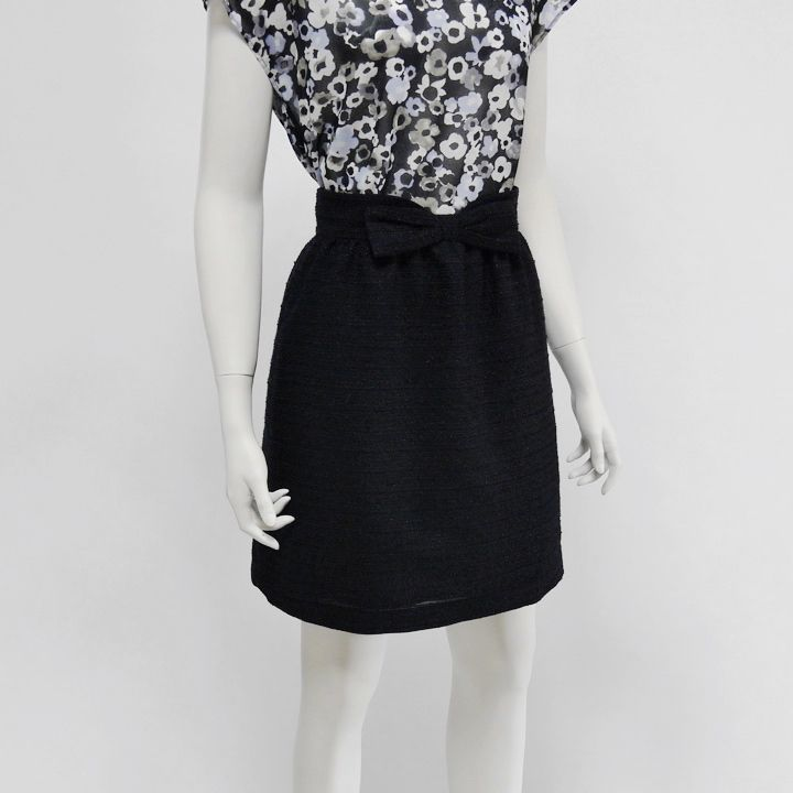 春夏ツイードのリボンスカート
