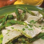 Ricetta Ravioli ai gamberi e asparagi con colatura di alici