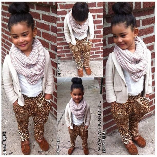Even little fashion mavens can rock the leopard print pants. (Halis World via I Love Cute Shoes)