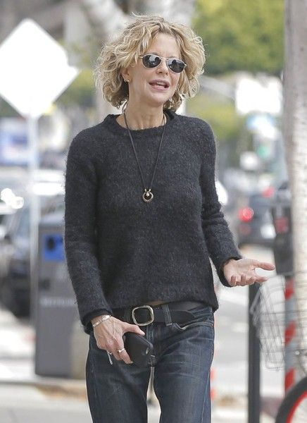 Meg Ryan Photos - Meg Ryan Out With Her Son Jack Quaid in Brentwood - Zimbio