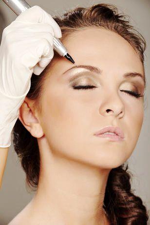 ..del #Trucco! Con il trucco #semipermanente  avrai un #aspetto sempre curato ed anche un ottimo supporto al #makeup quotidiano. Consiste in #tatuaggi per contorno #labbra, #eyeliner e #sopracciglia effettuati da professionisti.  Contatta le nostre #Fate: http://langolodellefate.it/contatti/  #truccosemipermanente #makeup #tatoo #tatuaggio #contornolabbra #labbra #eyeliner #soppraciglia #viso #trucco #semipermanente #bellezza #beauty #fashio #langolodellefate #angolo #fate #fairy…