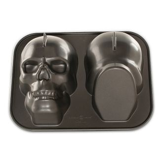 skull cake pan with nonstick finish madeinusa