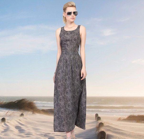 #dress #sommer #women #fashion #style #летнееплатье #стильно #модно #женщинам Женское приталенное длинное платье , шифоновое без рукавов Подробнее: http://ali.pub/tr7mw Качество выше всяких похвал, как из дорогого бутика. Все идеально прошито, замок, швы, крючок, подклад- все просто идеальное.  Платье очень красивое, при росте 165 см слегка касается пола Цвет точный, шифон хороший, смотрится однозначно дорого