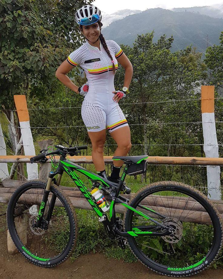 """4,267 Me gusta, 66 comentarios - Sandra Milena Ospina (@san_m_ospina) en Instagram: """"Gracias  @scottcalicol Feliz muy feliz y dichosa, con mi nuevo bebé que me quita el sueño y recarga…"""""""