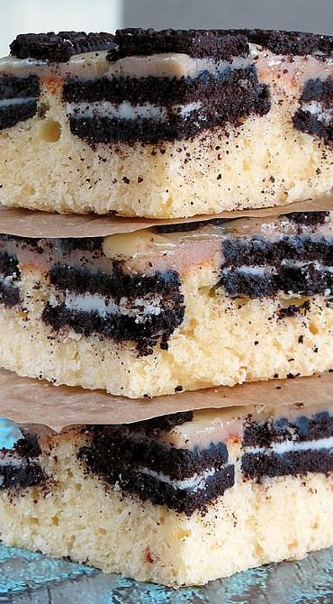 White Chocolate Brownies with Oreos