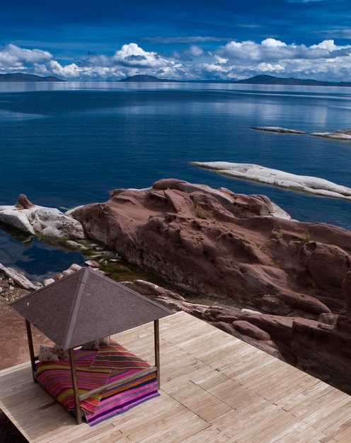 Lake Titilaka Lodge, Peru. Any UFO's coming out of the lake lately?